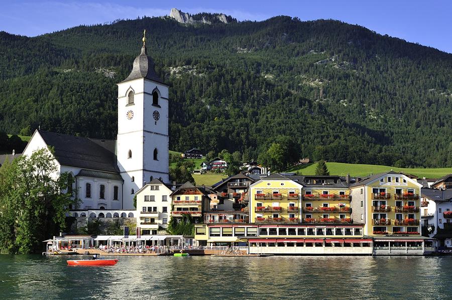 Outdoor Salt Lake and Indoor Spa Week in Salzburg